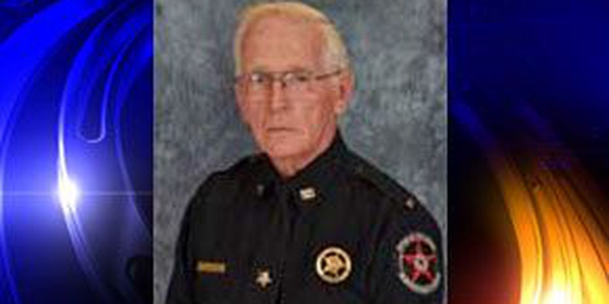 McIntosh Co. sheriff's deputy in surgery after wreck