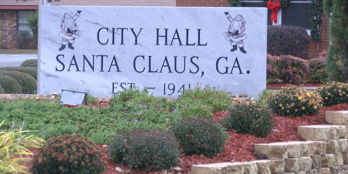 City of Santa Claus receives thousands of letters for Santa