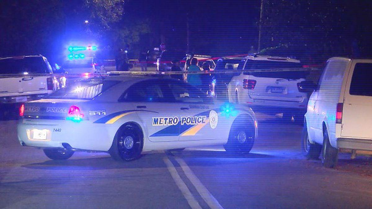 Savannah Police seek suspects in Friday night shooting