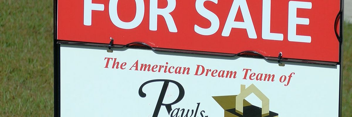 Experts say economy improving as mortgage rates reach 7-year high