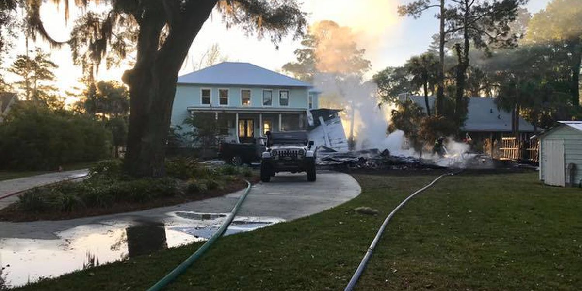 No injuries after early morning house fire on Oatland Island