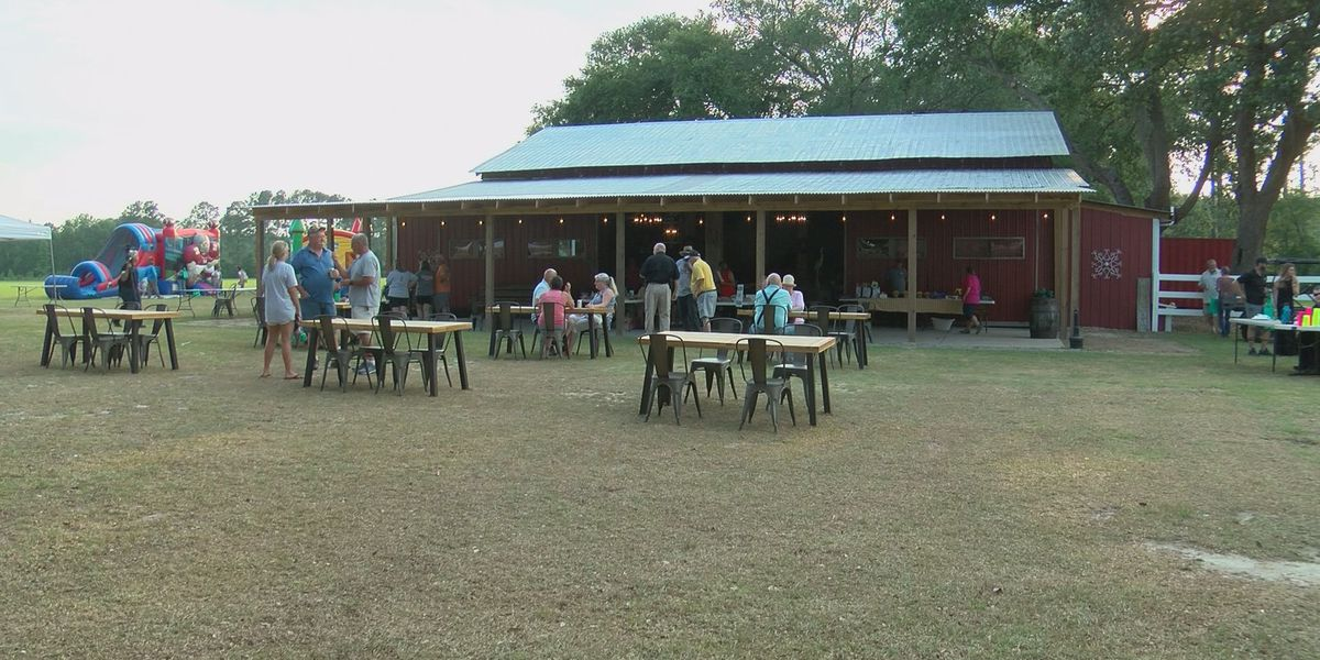 Pembroke community holds fundraiser to help displaced residents