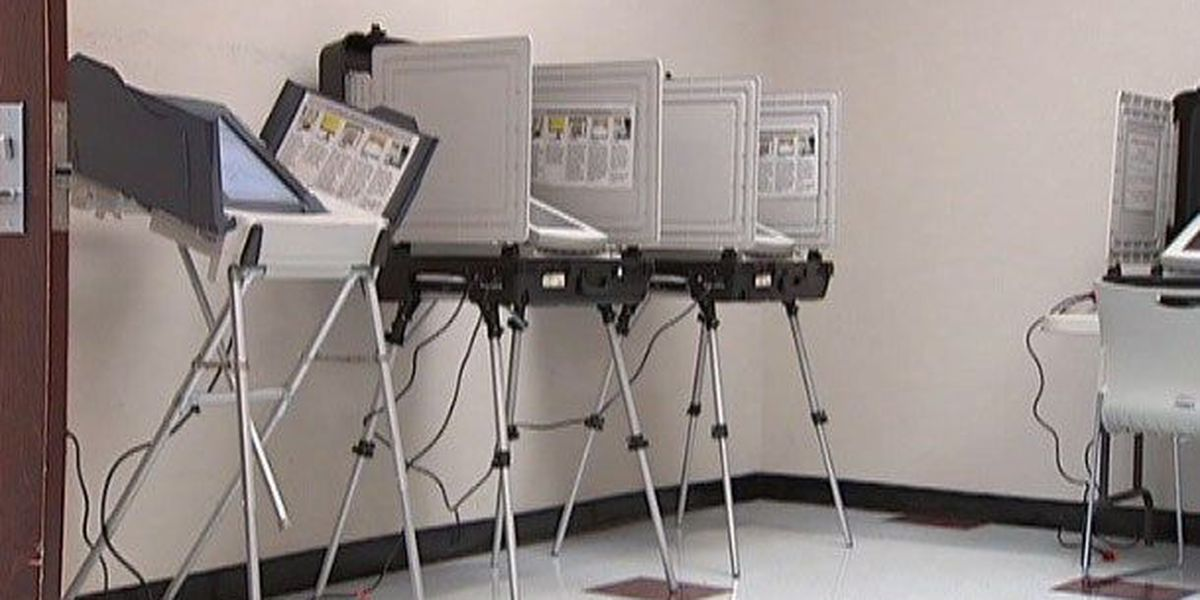 Beaufort County Board of Elections tests voting machines ahead of Election Day