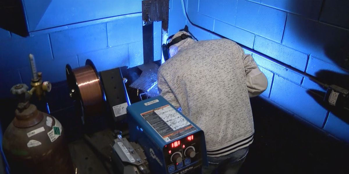 Grant aims to help technical college students finish school