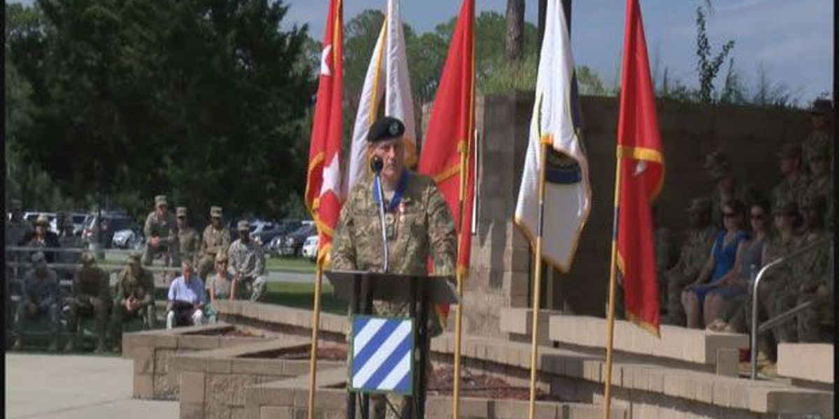 Former Third Infantry Division commander says final goodbyes