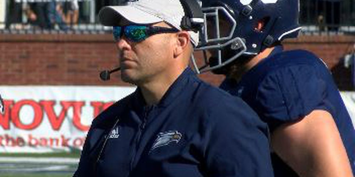 Georgia Southern football coach paying for charter bus to get students to bowl game