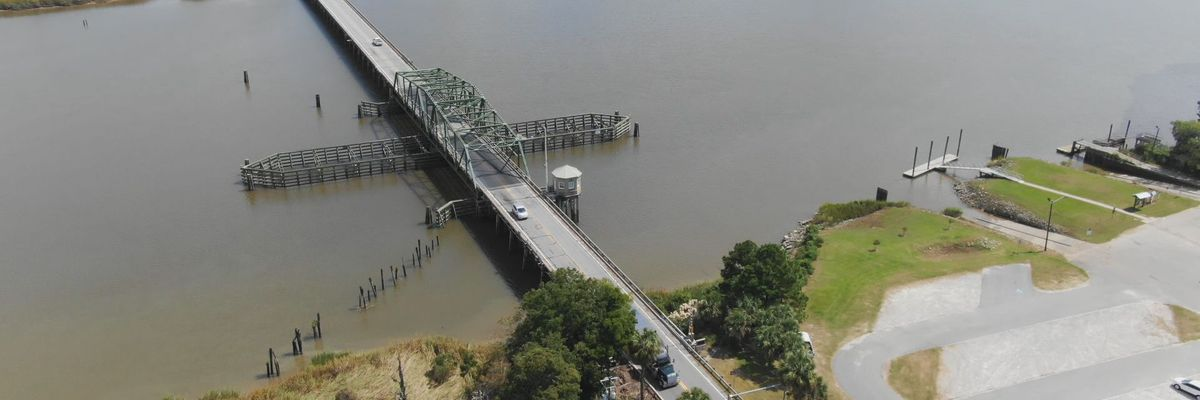 GDOT working on repairs on the Houlihan Bridge