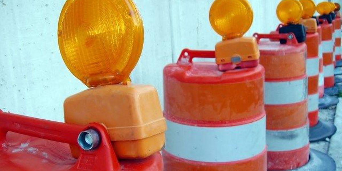 Shoulder construction closes EB right lane of 204, Abercorn St
