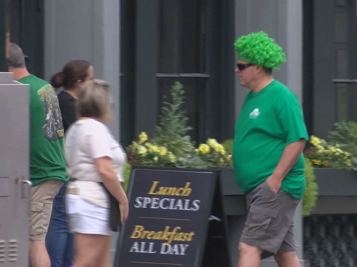 Tourists still visit Savannah to celebrate St. Patrick's Day amid pandemic