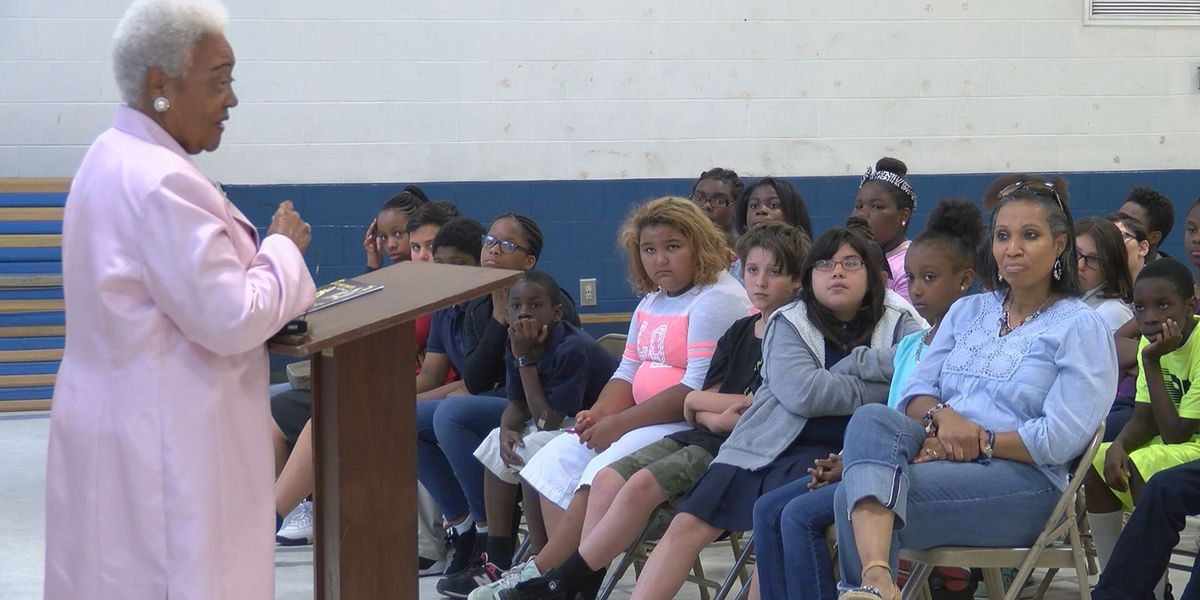 Naomi King shares wisdom with students, inmates in Chatham County