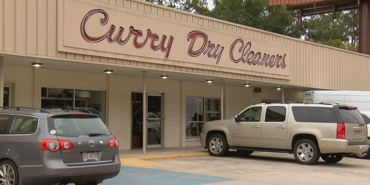 Local dry cleaners celebrate 75 years of business