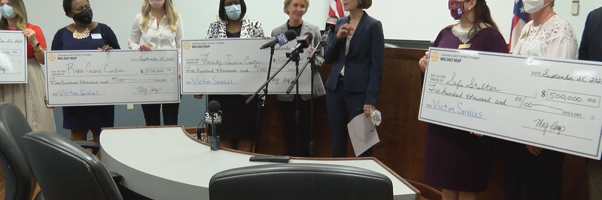 Money seized from illicit gambling ring donated to Savannah agencies that help victims of crime