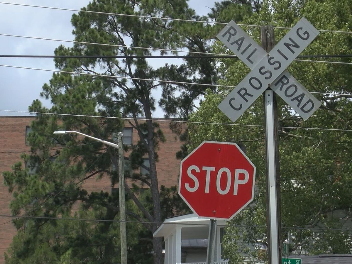 Rail company committed to railroad crossing improvements in Savannah