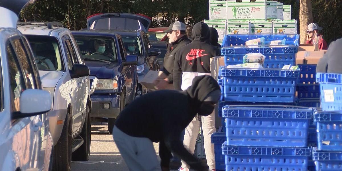 Statesboro families pick up groceries at food drop