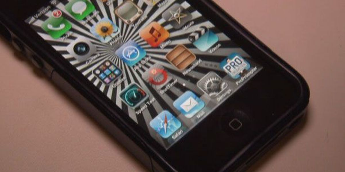 School board to vote on cell phone policy