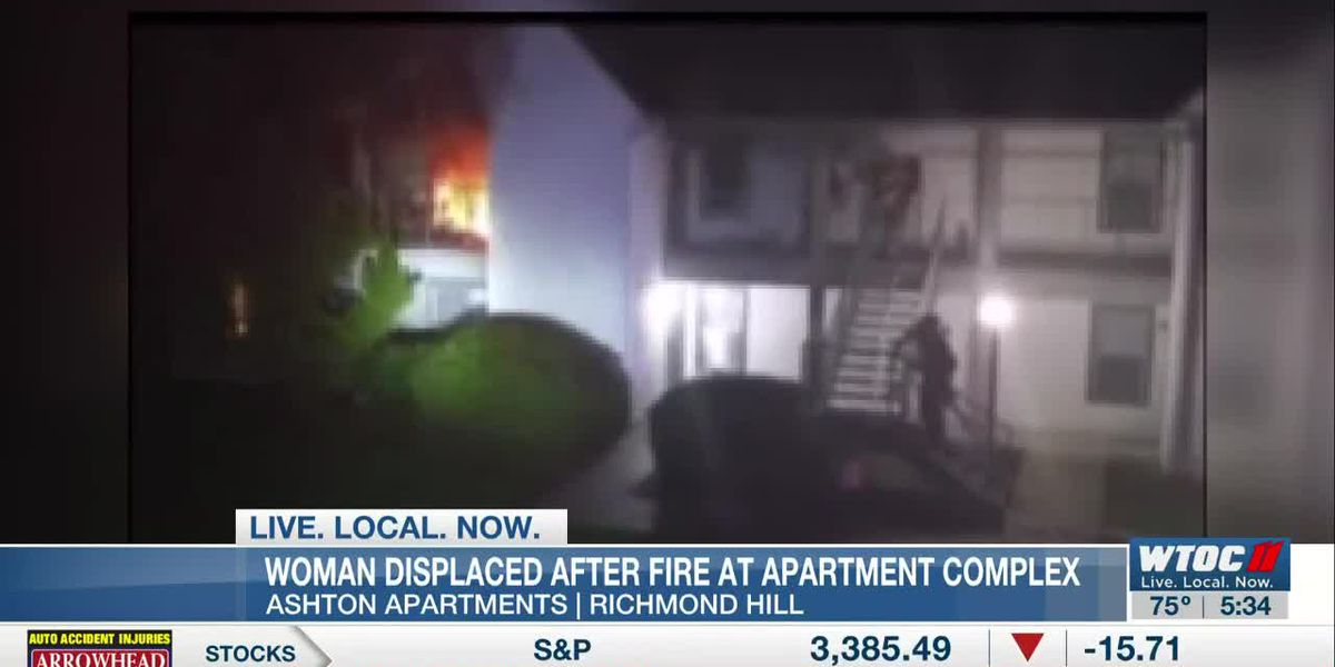 Woman displaced after fire at Richmond Hill apartment complex