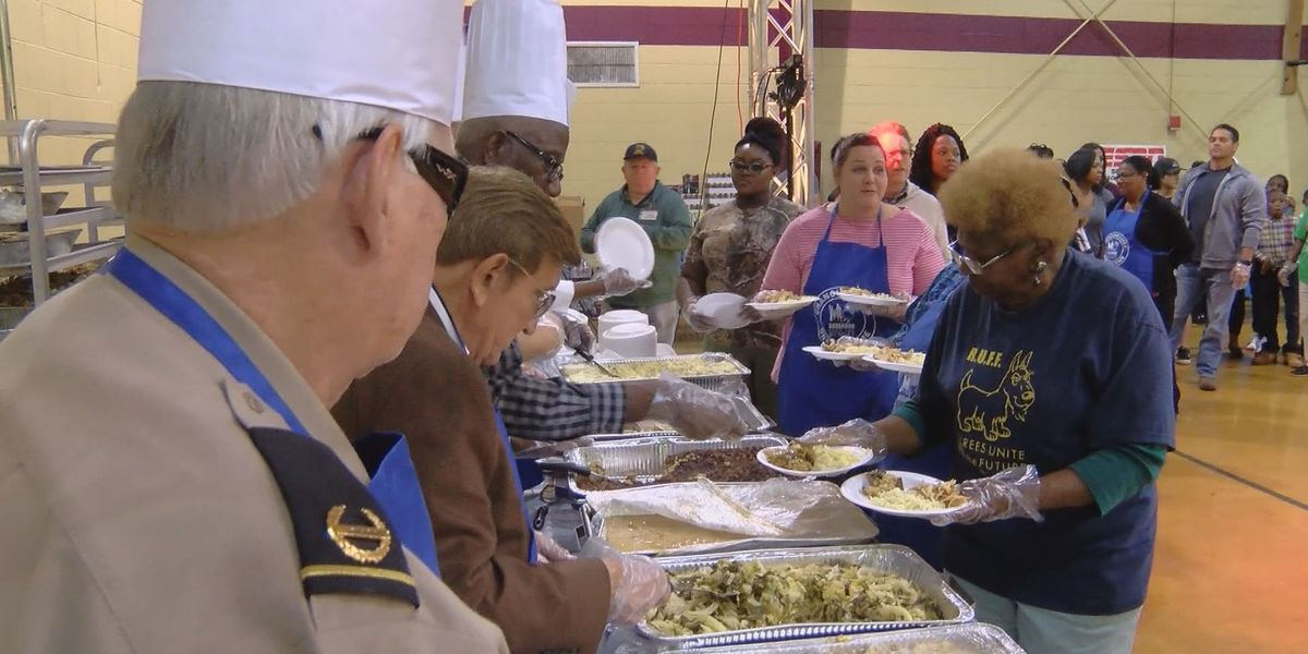 Feed the Hungry holding holiday Christmas dinner events