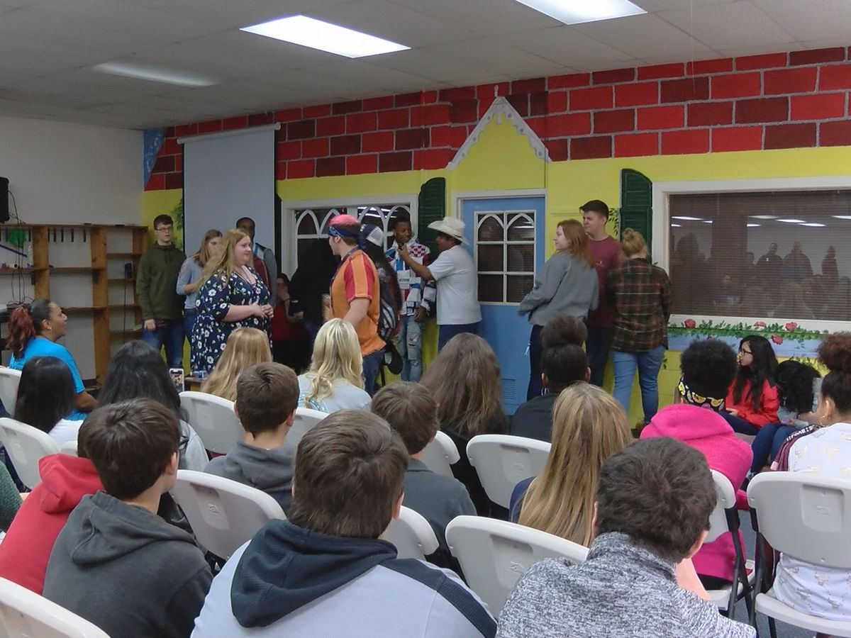 Maze teaches Toombs Co. students the consequences of bad decisions