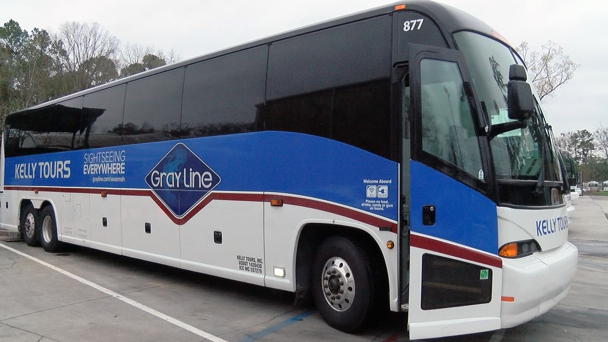 Shuttle services begin taking reservations for Savannah's St. Patrick's Day Festival, Parade