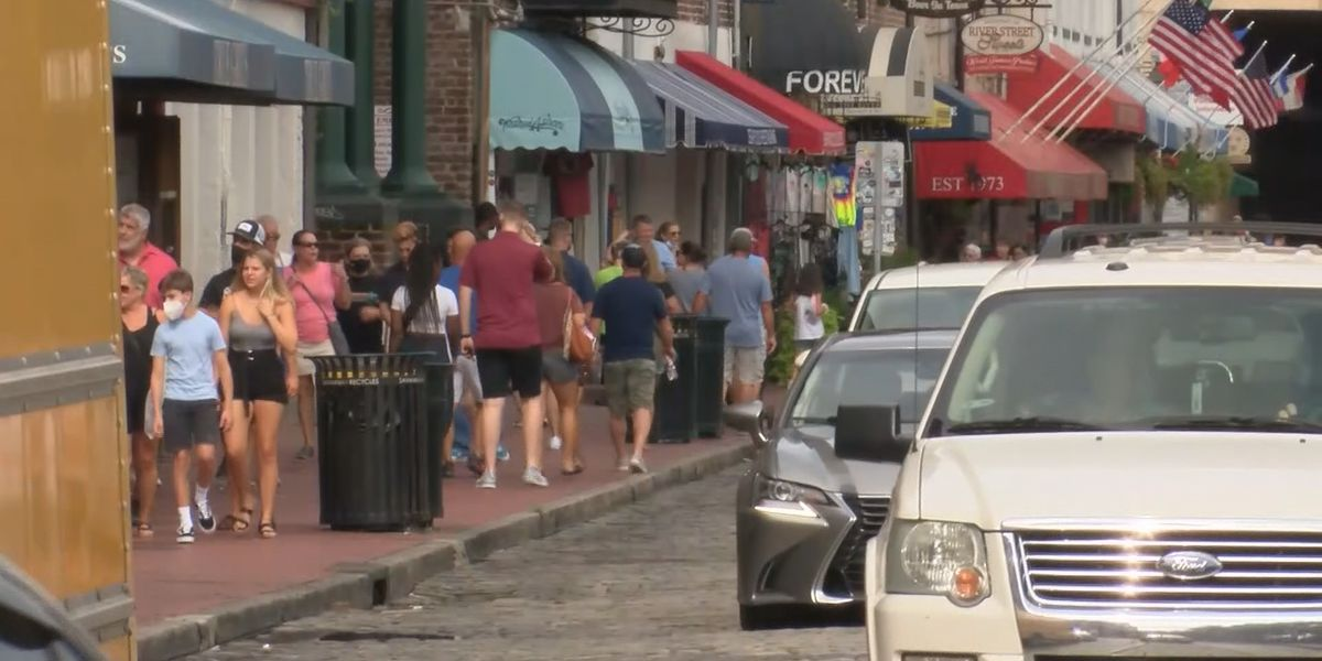 Visitors spend Labor Day weekend in Hostess City