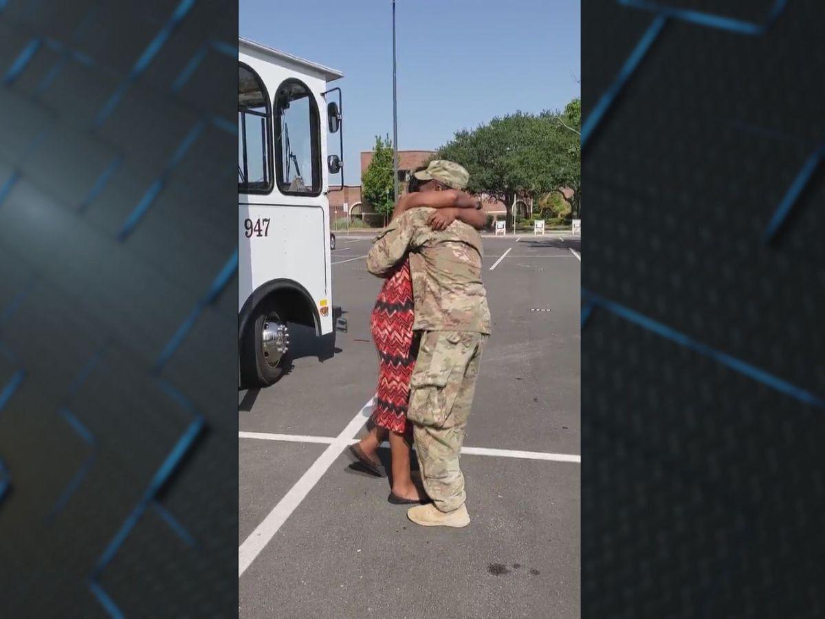 Soldier returns home, surprises mother at work in Savannah