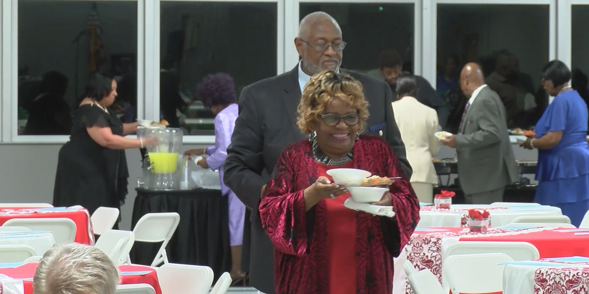 Hinesville holds 8th annual humanitarian of the year awards