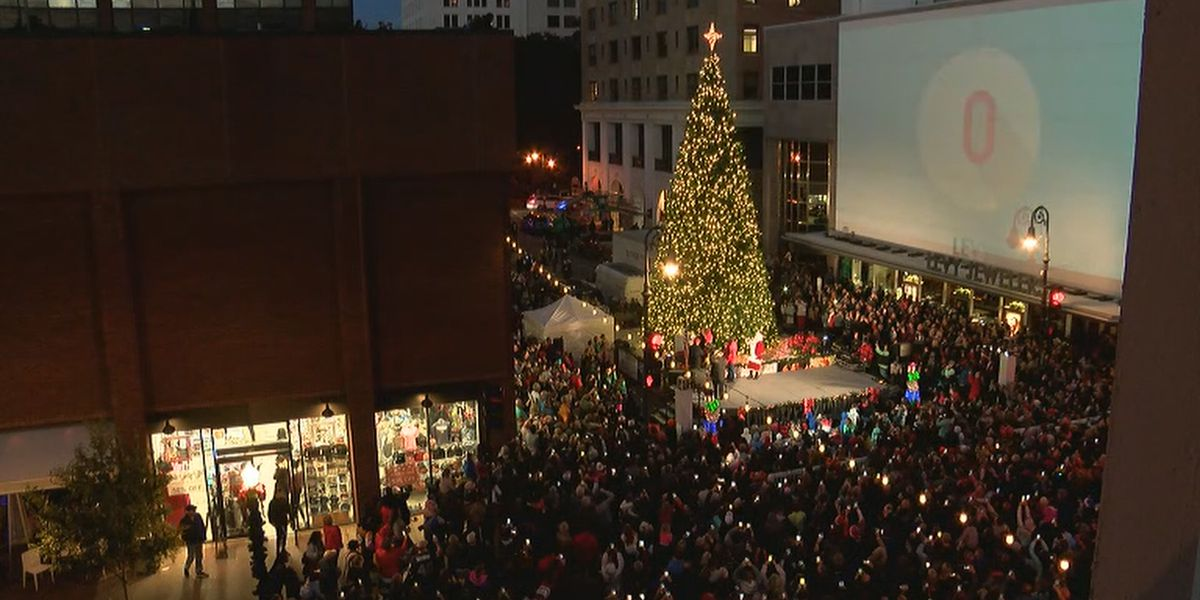 Consider This: Broughton Street Tree Lighting
