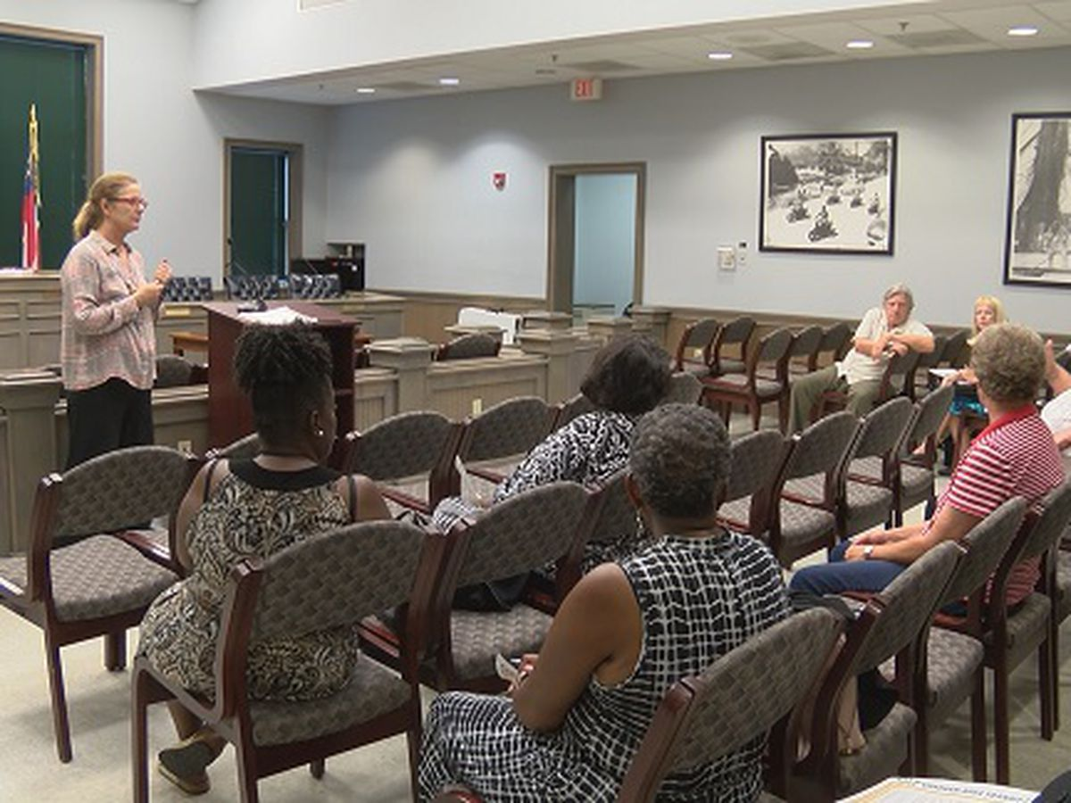 Meeting held to discuss stopping CAT services in Thunderbolt