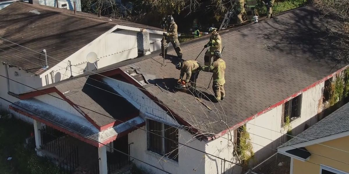 Savannah firefighters using blighted houses for training