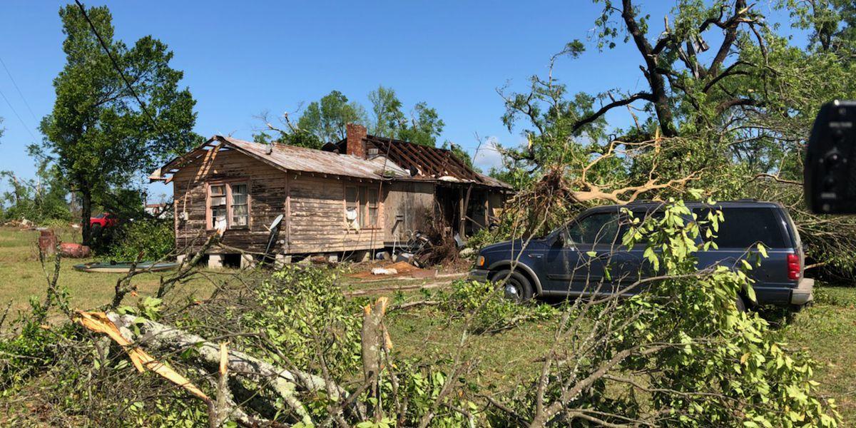 Screven Co. man describes terrifying moments as strong storm destroys his house