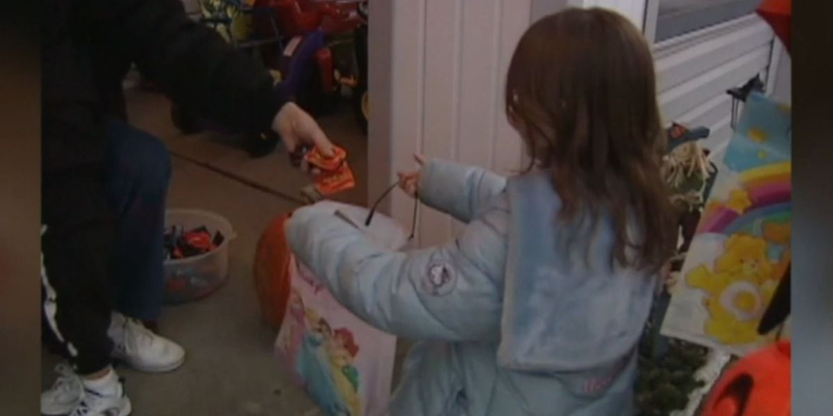 Trick-or-treating banned in L.A. due to virus risk