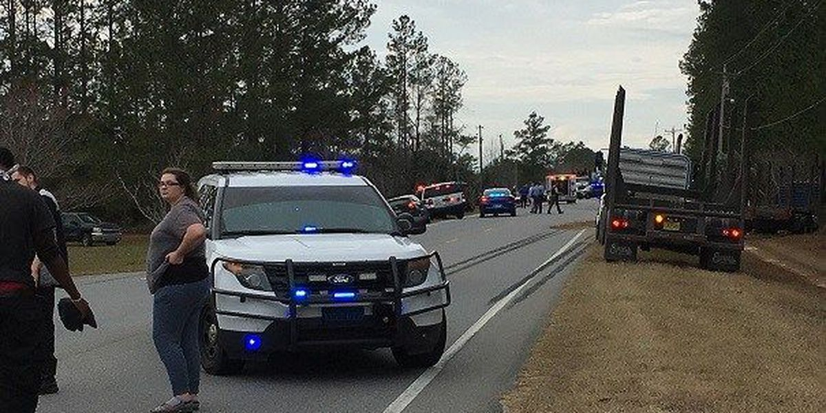 UPDATE: 3-year-old child killed in wreck on Hwy 196 in Long Co