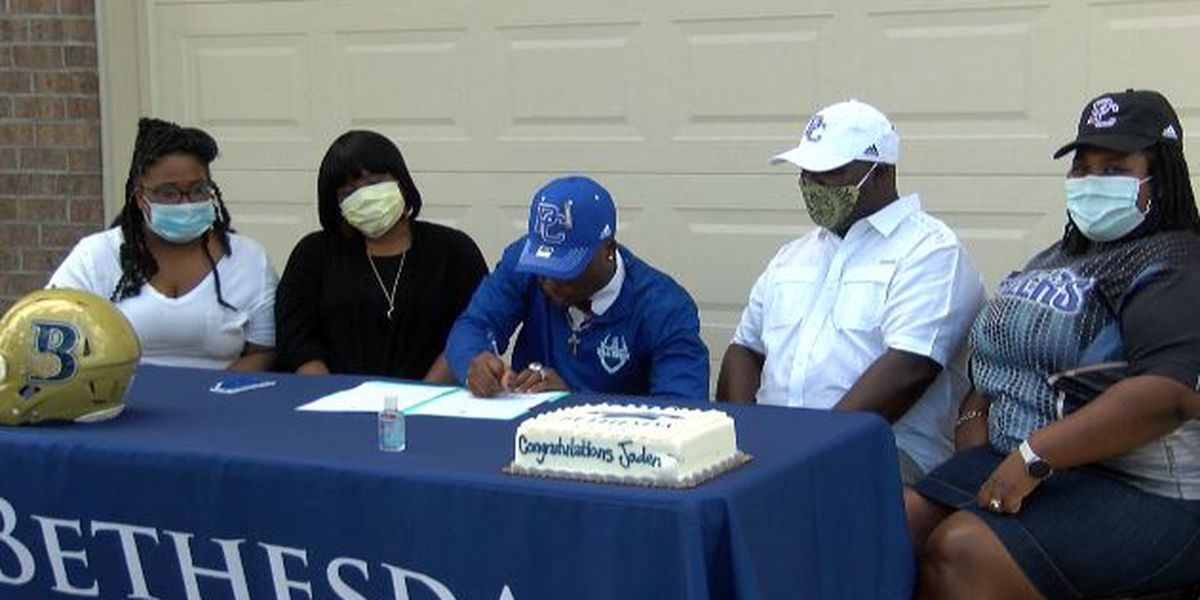 Socially distanced, Bethesda's Wright signs with Presbyterian