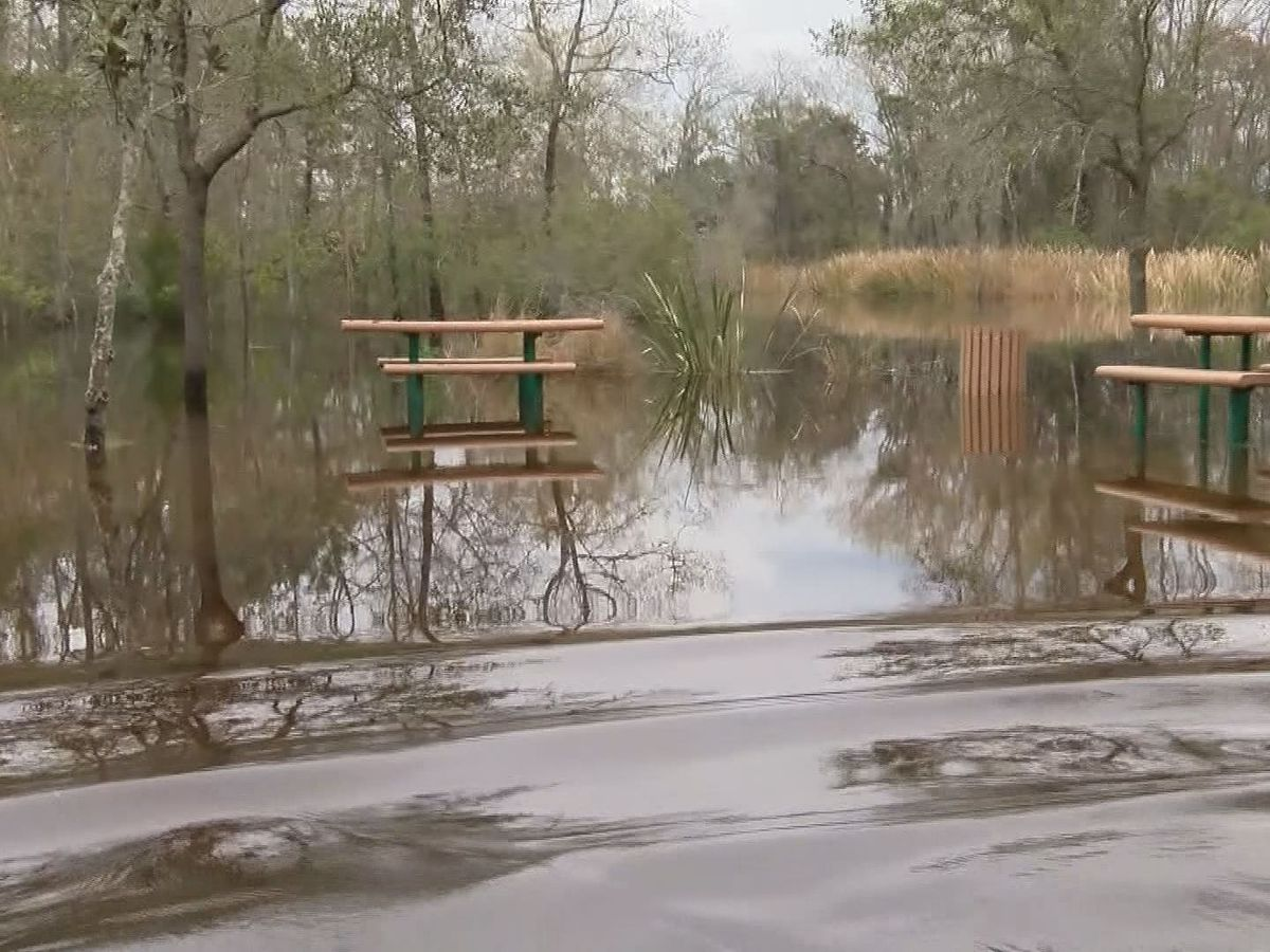 Flooding concerns continue for residents in Richmond Hill