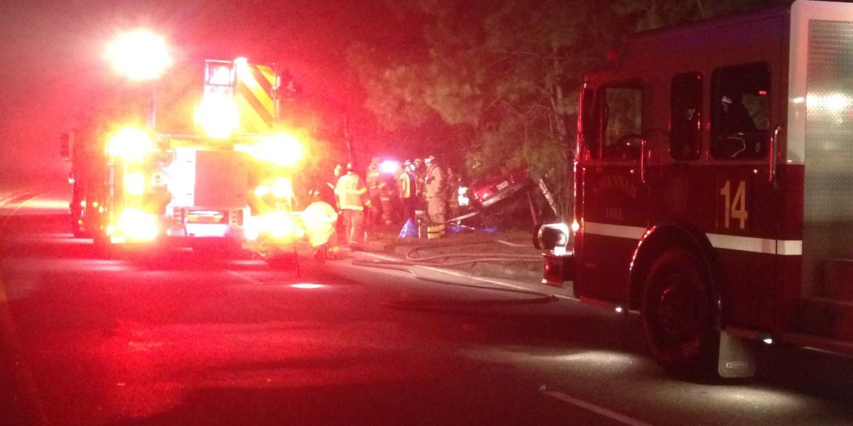 Woman seriously injured in crash on Jimmy DeLoach Pkwy