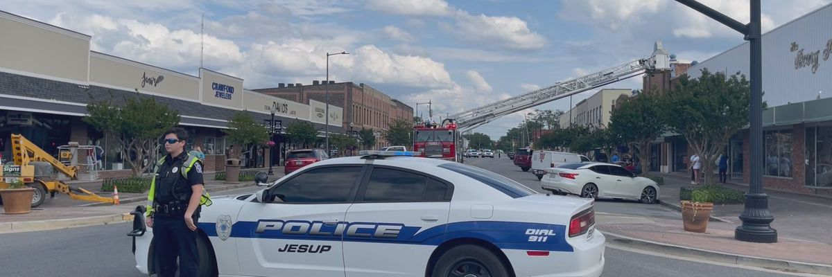 Several Jesup stores, movie theater close after sustaining smoke damage
