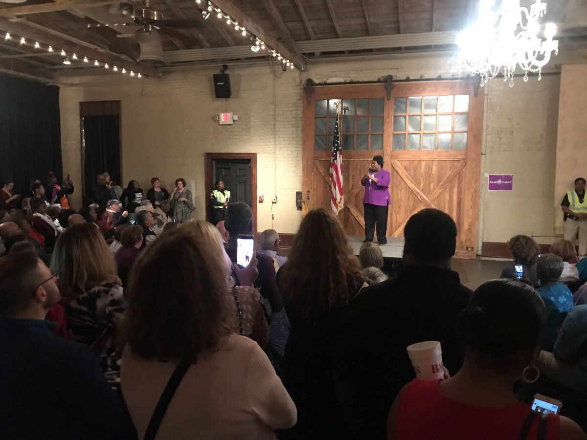 Stacey Abrams makes stop in Savannah on 'Thank You' tour
