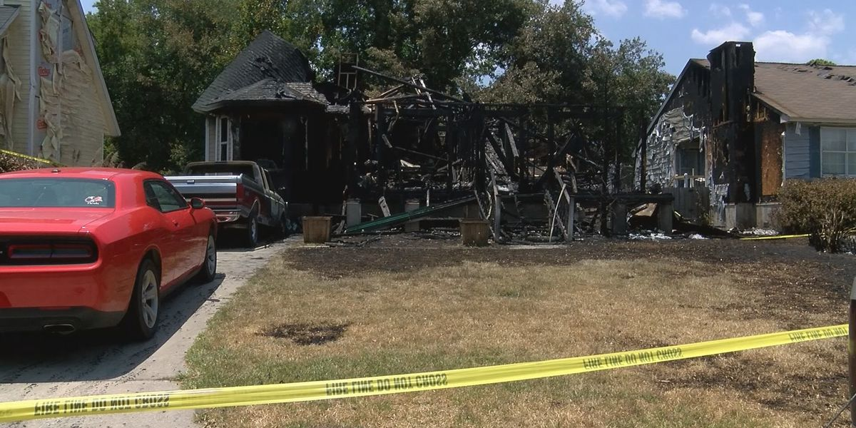8 people left homeless after house fire on Whitemarsh Island