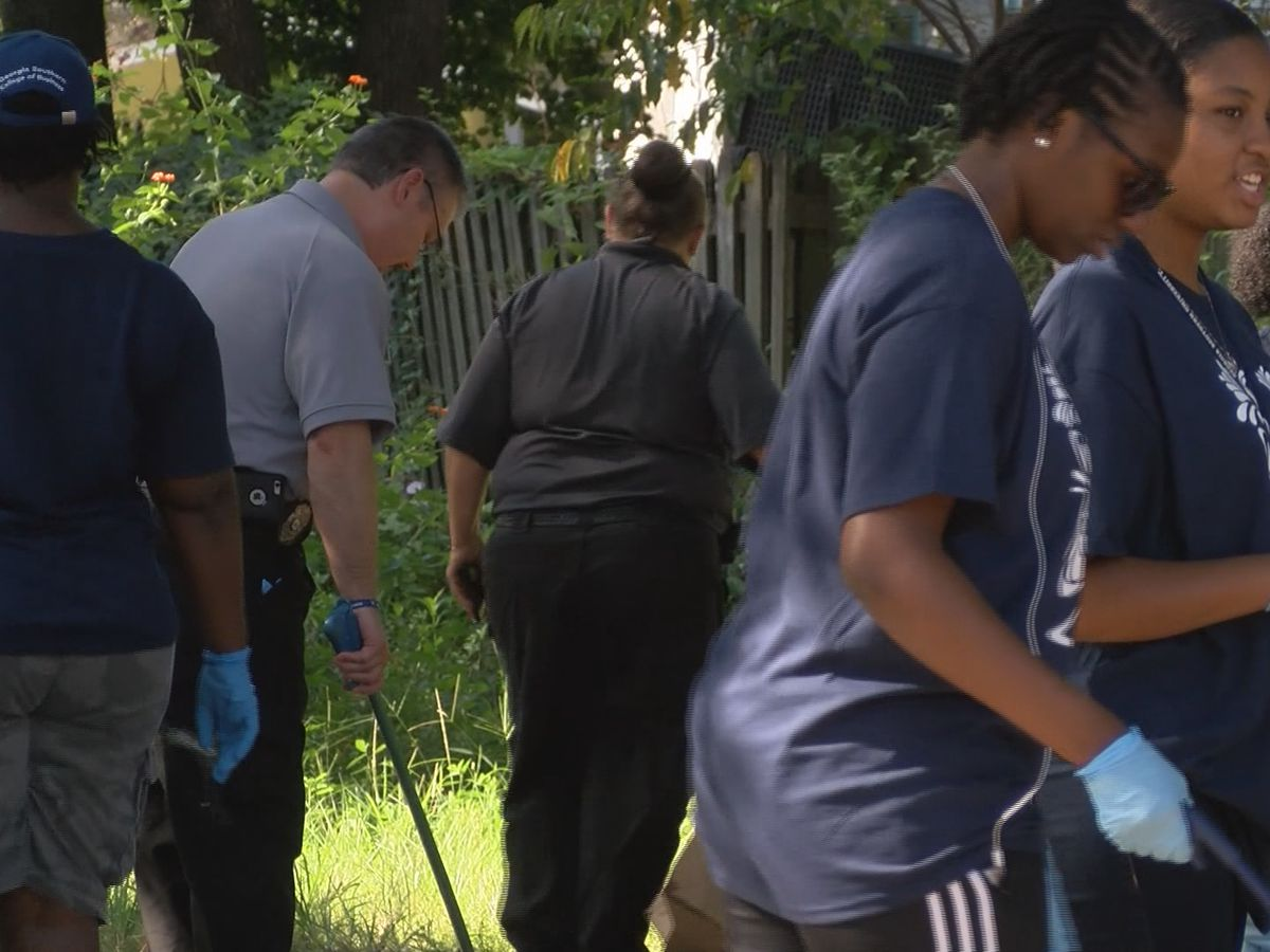 Good News: Students help with Savannah Shines