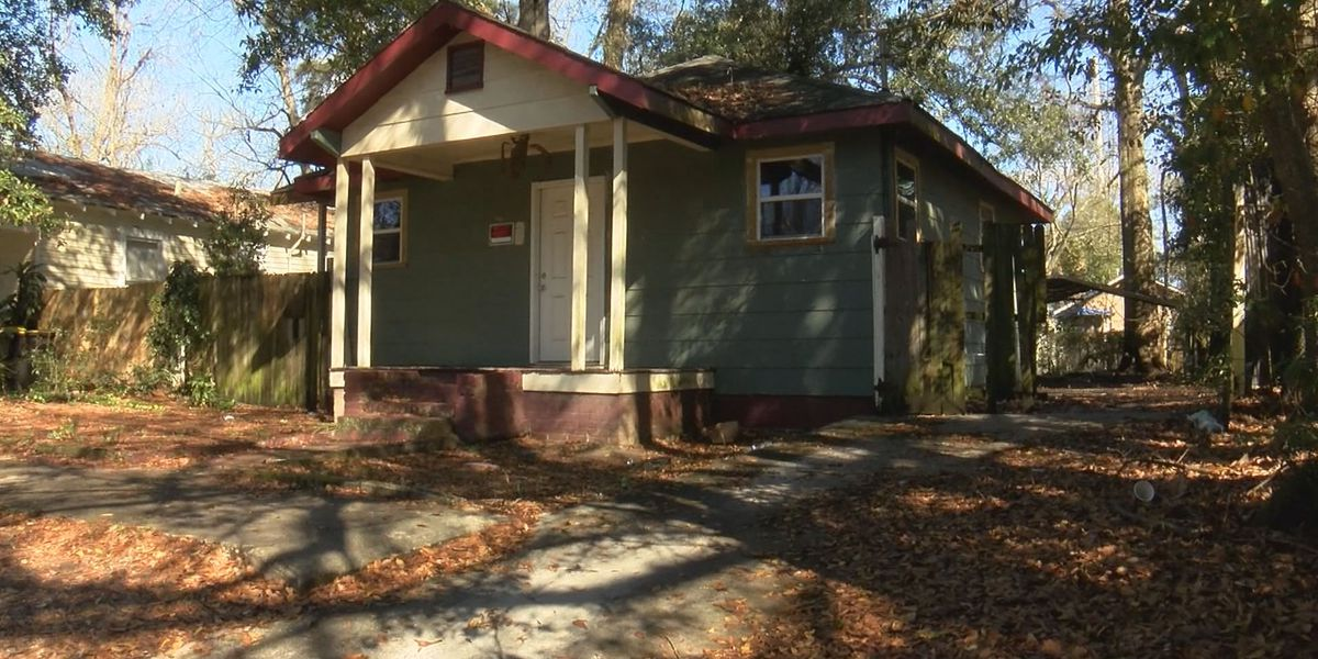 City of Savannah works to collect $1.6 million in unpaid fines for blight