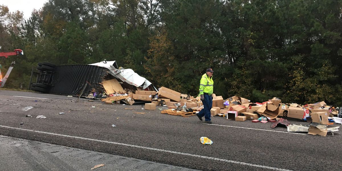 Portion of I-95 South in Liberty County back open following semi crash