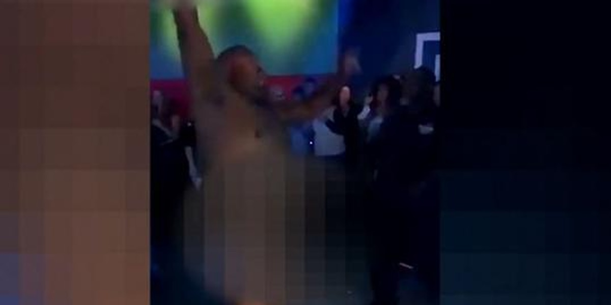 Officer suspended for dancing naked in club