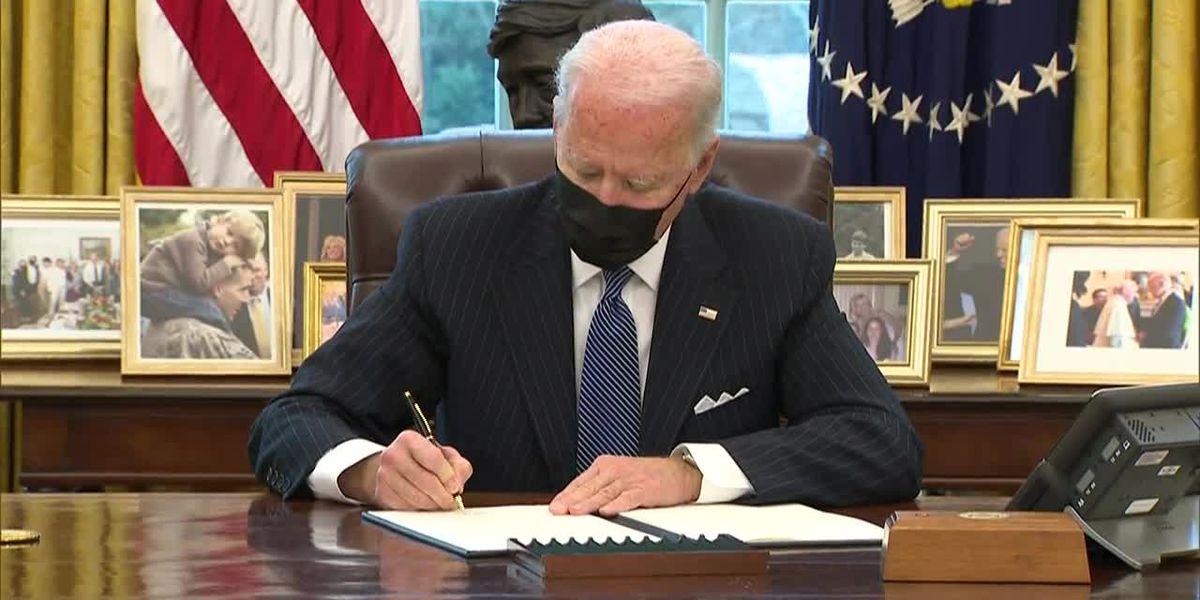 Biden reverses Trump ban on transgender people in military
