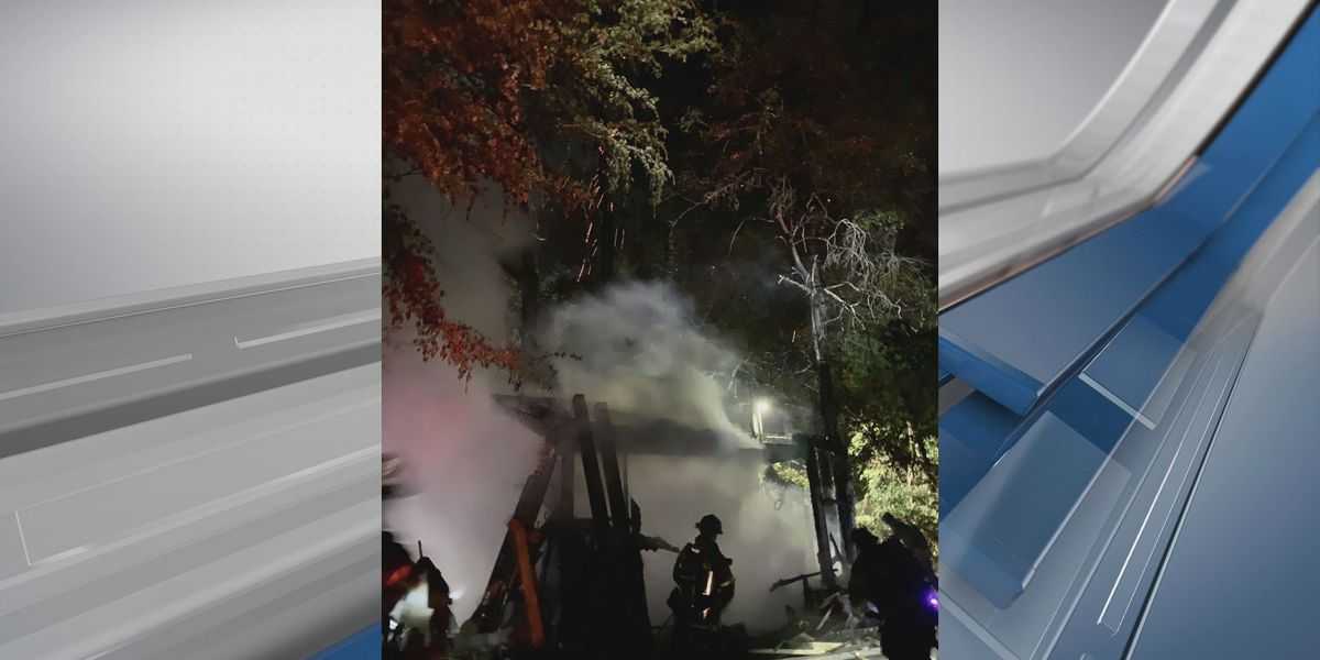 Savannah Fire responds to late night fire on E. 64th Street