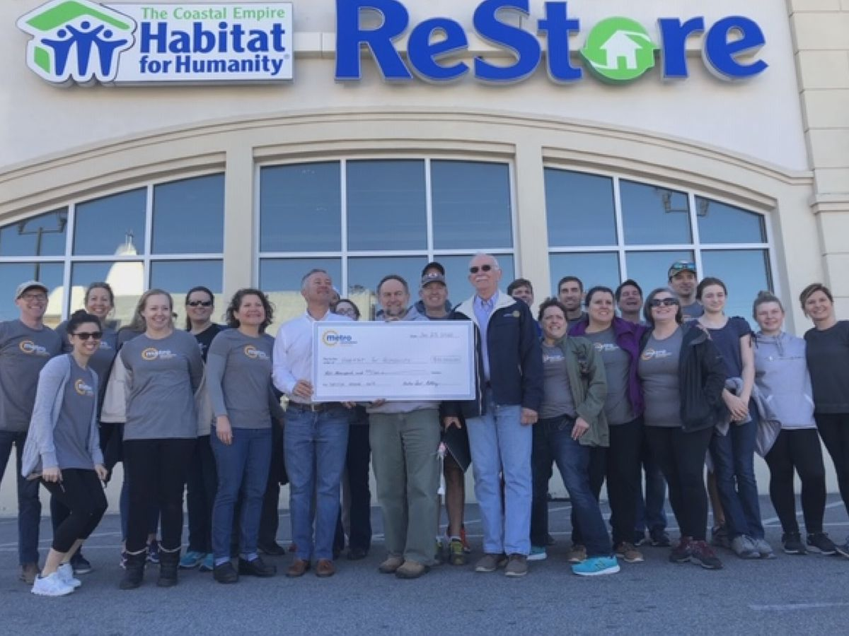 Metro Savannah Rotary Club donates $10,000 to Habitat for Humanity