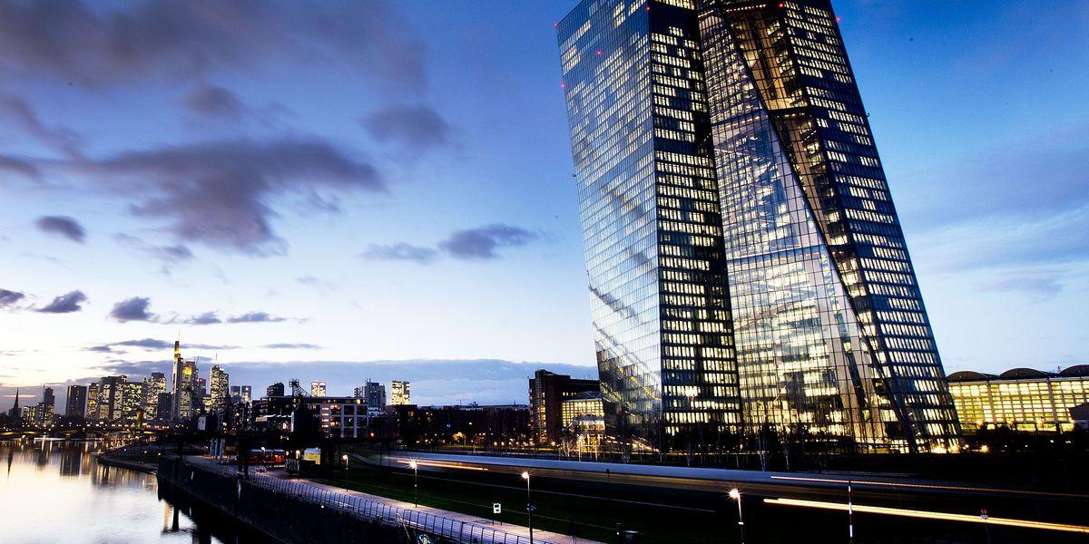 Eurozone stimulus program to end as growth worries resurface