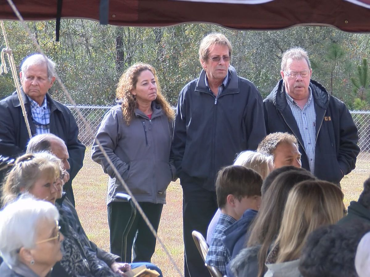Long County community remembers missing woman