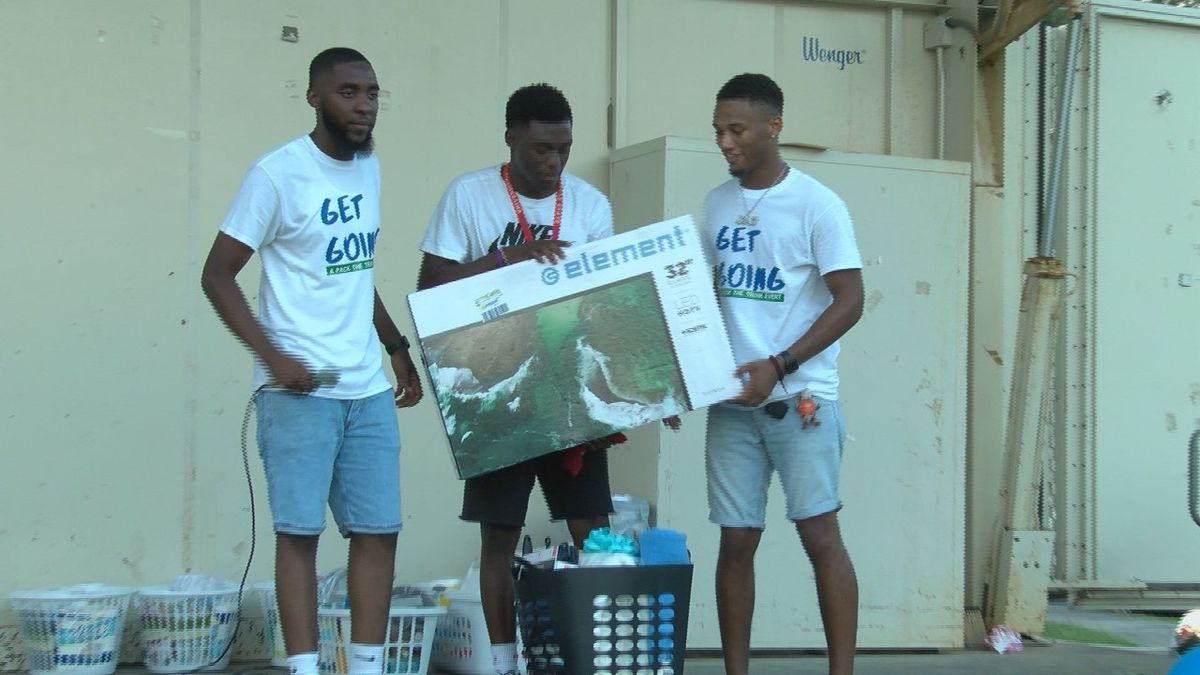 College quarterback returns to Hudson Hill for 'Get Going'