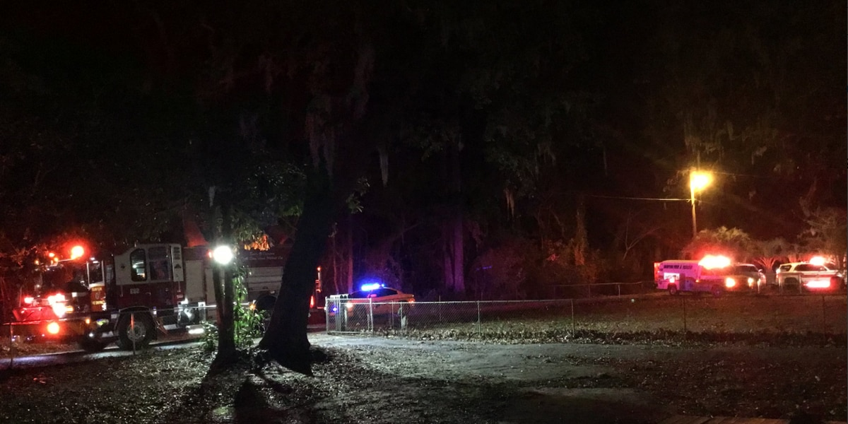 One person injured in Seabrook house fire