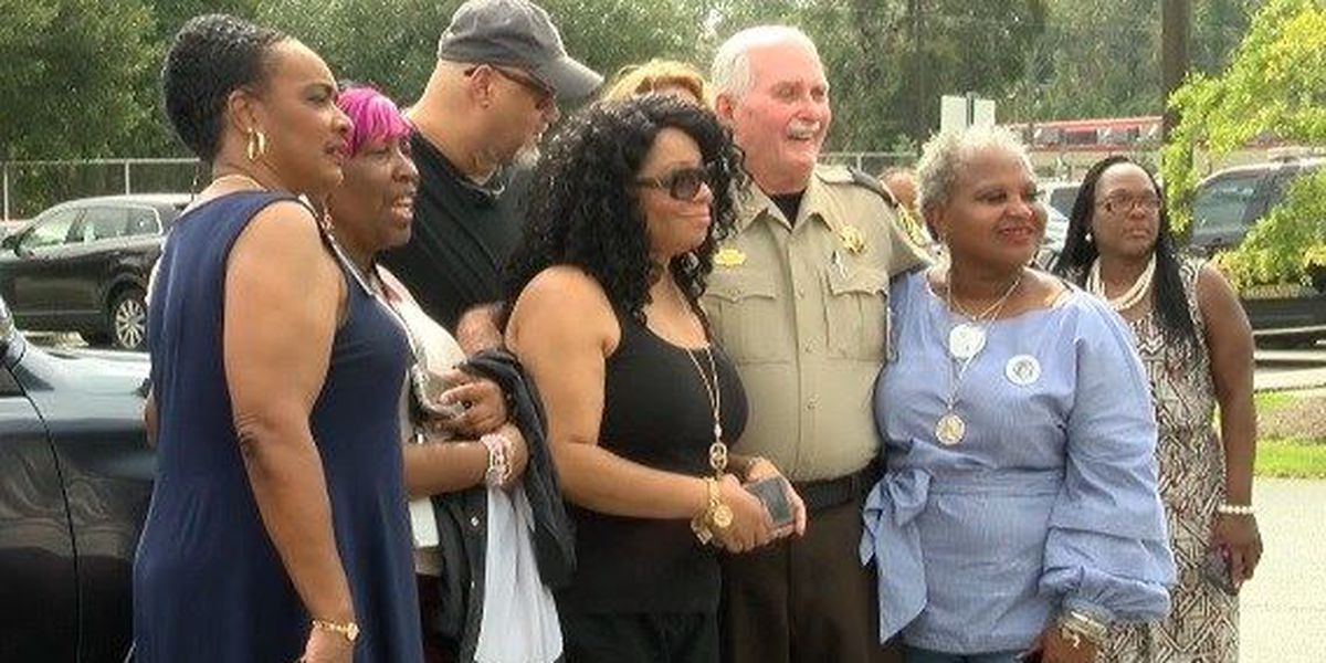 Community showing support for sheriff after BLM Savannah request for resignation